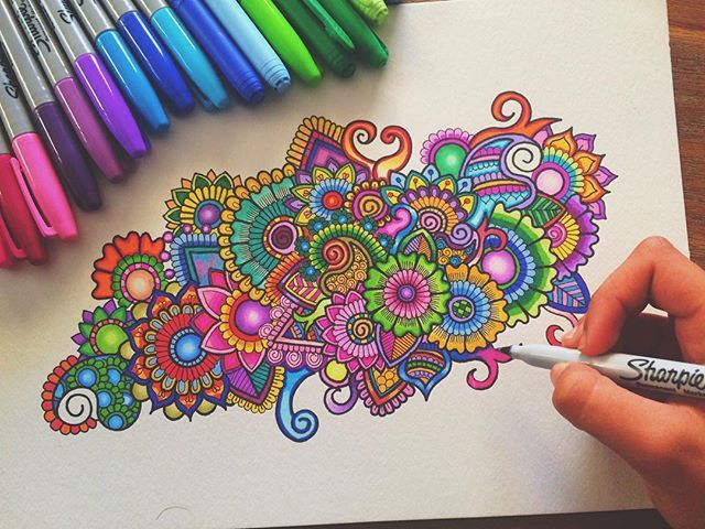 Hey guys! A colourful zentangle doodle! If You want to checkout my video of creating this just have a look at my last post❤️ Hope you guys like this! Would love to hear your feedback Thank you guys, have an awesome week!