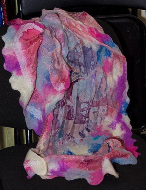 Шарф - натуральный шелк, авторская роспись, шерсть.