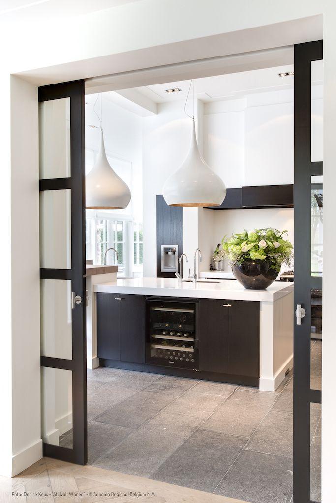 17 beste afbeeldingen over keukens op pinterest ramen houten deuren en witkalken - Foto keuken amenagee ...