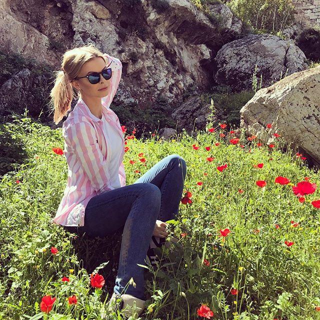 Nowy vlog z Aten na kanale!  bit.ly/AtenyVlog3 #polishgirl #blondegirl #ootd #dailyootd