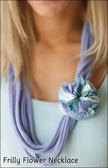 Collar en franela: Tshirt Flower, Patterns Book, Fabrics Flower, Fabric Flowers, Junction Fabrics, Crafty Flower, Flower Diy, Flower Patterns, Fabrics Necklaces
