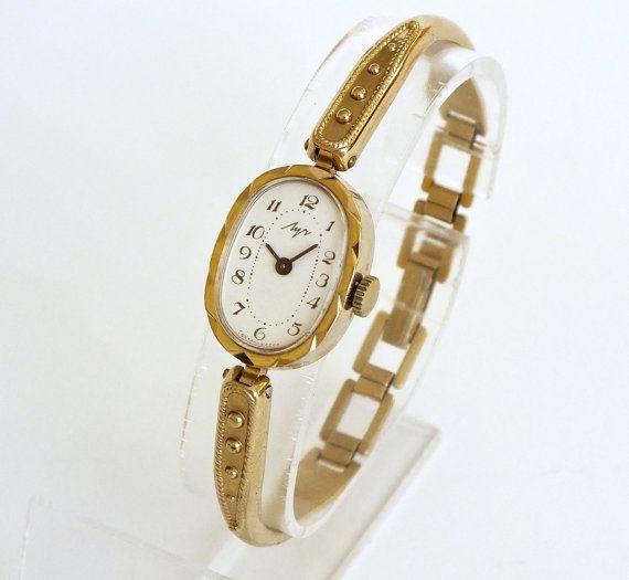 Vintage Women's Watch Bracelet. Mechanical Ladies Wrist watch Bracelet LUCH (Ray) Ornate Soviet Watch For Women. Gift For Her