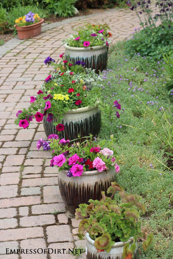 21 Gorgeous Flower Planter Ideas From Home Gardens Makeover Pinterest Garden Planters And Flowers