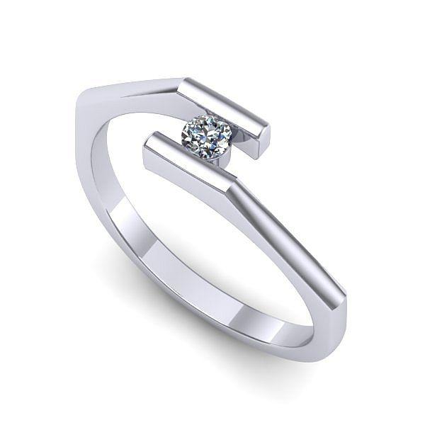Inelul este realizat din aur alb 14k, greutate: ~1.50gr. Produsul are in componenta sa: 1 x diamant, dimensiune: ~2.20mm, greutate: 0.04ct , culoare: G, claritate: VS2, forma: round