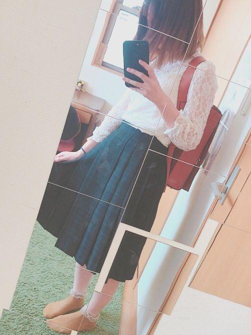 このスカートは中学の時の制服です🙂 使える! レーストップス スピンズ ¥1500 靴下 チュチュ