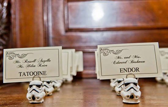 Sci-Fi Weddings - Star Wars-Themed Wedding Costumes are Perfect for Dedicated Nerd Couples (GALLERY)