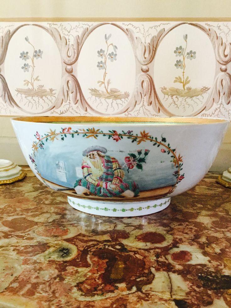 Poncheira – Tachos e Porcelanas