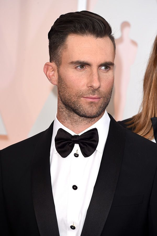Whoa! Maroon 5's lead singer Adam Levine just debuted a totally different new look on Instagram when he showed off his nearly bald head.