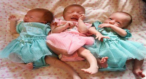 foto dopo il parto di gemelle