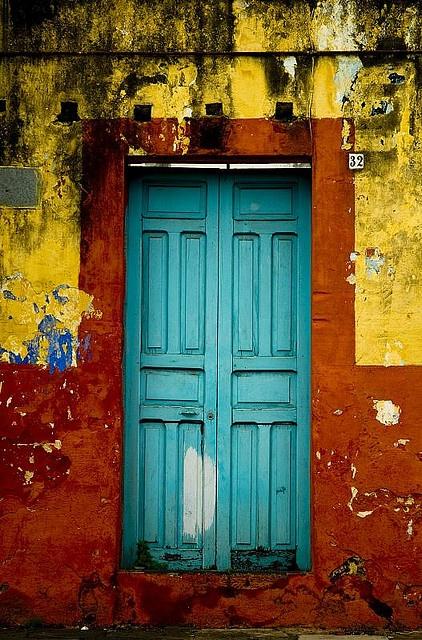 Veracruz-Llave, MX - What a colorful doorway!