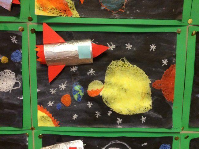 Raket en zonnestelsel knutselen - Knutsel ideeën voor kinderen