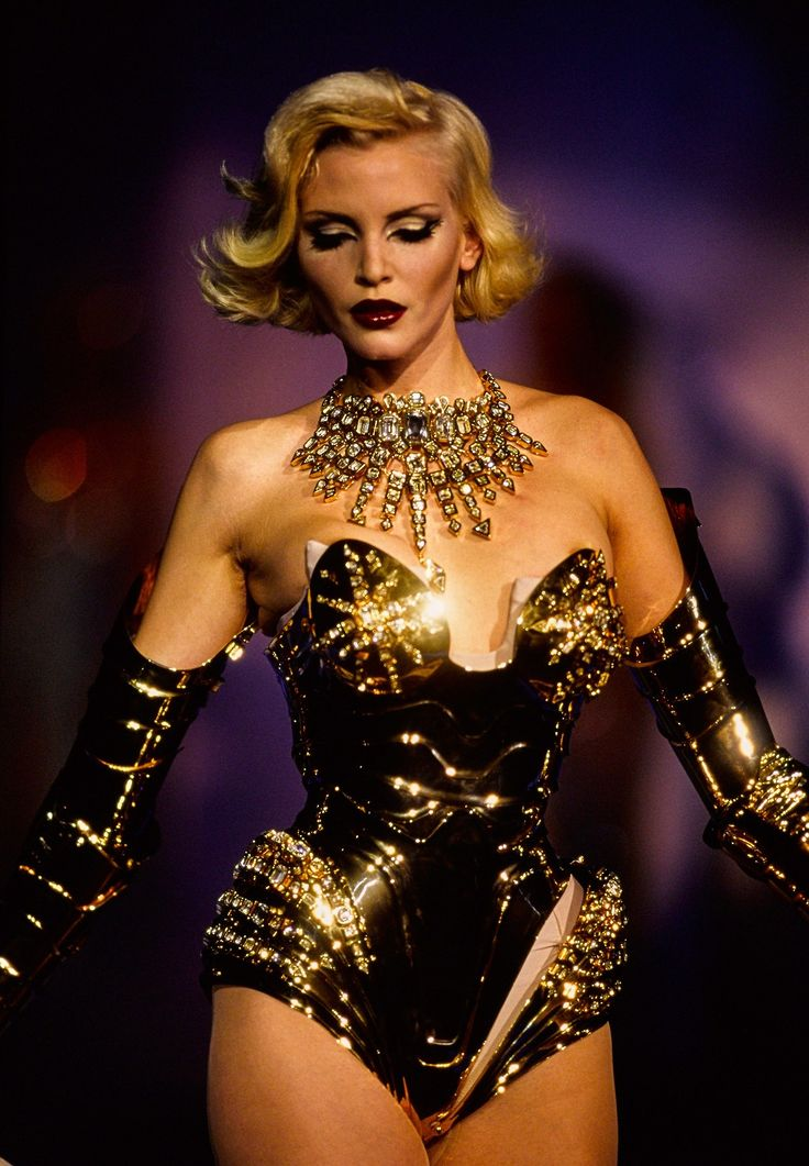 Thierry Mugler F.W 1995 Posted by x