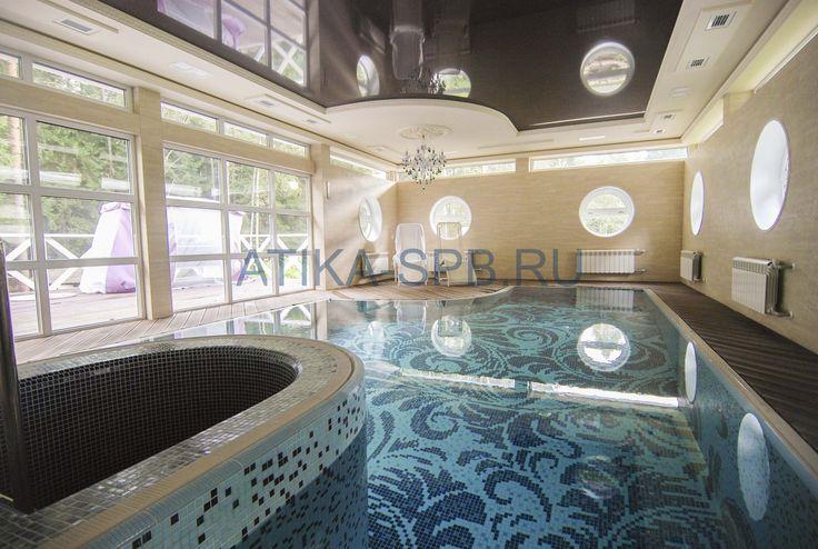 #Swimming Pools Переливной крытый бетонный бассейн отделанный плиткой и мозаикой. спб