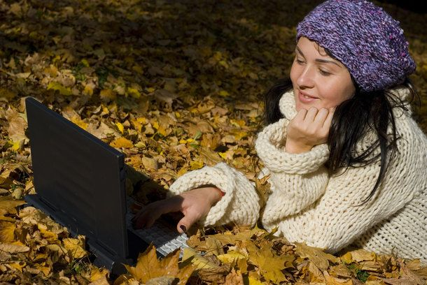 5 Ways to Beef Up Your SEO This Fall (Click through this pin to view the article.)