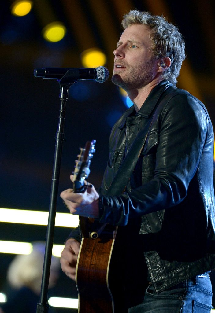 Dierks Bentley Photos Photos - Singer-songwriter Dierks Bentley performs onstage during the 2014 CMT Music Awards Rehearsals Day 1 at Bridgestone Arena on June 2, 2014 in Nashville, Tennessee. - CMT Music Awards Rehearsals: Day 1