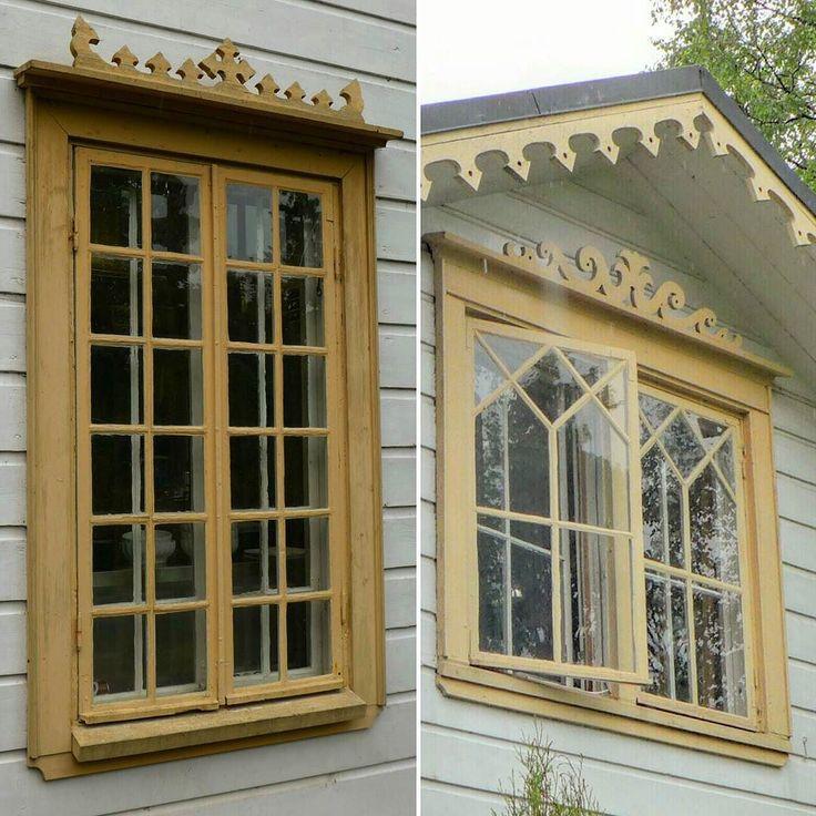 Linuddenin huvilan ikkunat ovat tyypillisiä kunnostajan painajaisia mutta sivustakatsojan ihastuksenaiheita - puitejako alkaa jo vilistä silmissä pienine ruutuineen! Koristeellisuus ei jää ikkunapuitteisiin vaan erilaisia koristeleikkauksia on myös ikkunasmyygeissä ja räystäslaudoissa...ja oikeastaan jokaisessa välissä johon niitä on saatu tungettua.