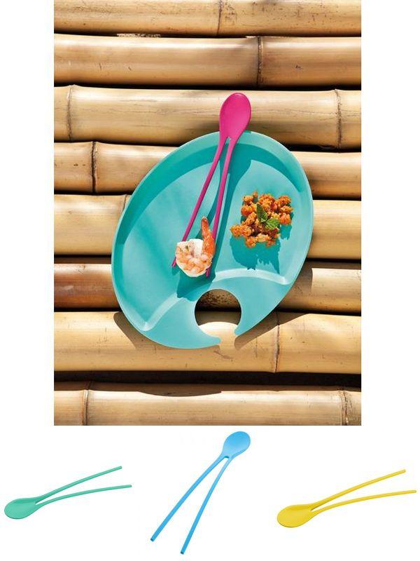 """""""Twinny"""". Cuchara y pallillos al mismo tiempo. Podrás disfrutar de comida china y luego de un postre, y todo mejor gracias a su entretenido diseño. $6.900"""
