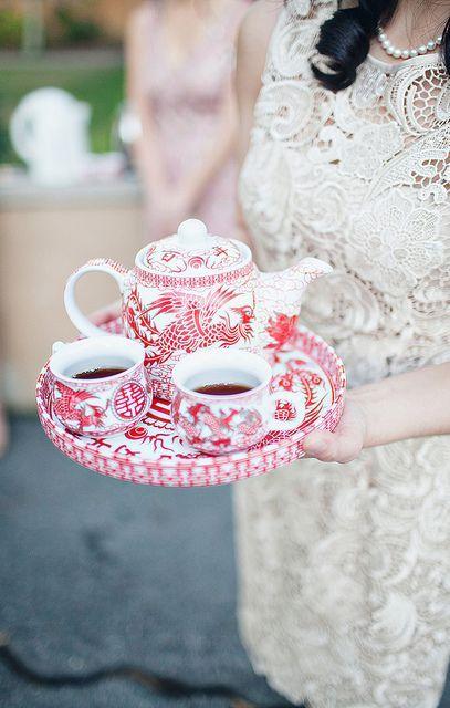 lovely bright tea set!