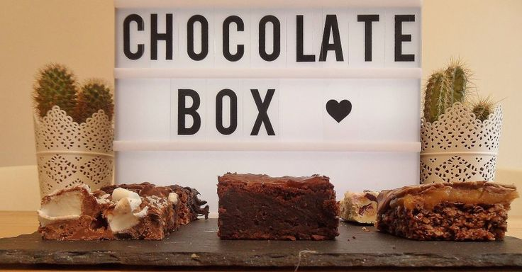 This box contains: Chocolate Brownie - the perfect mix of gooey and fudgey chocolate, wrapped up in brownie form Millionaire Slice - layers of milk and white chocolate, caramel and rich chocolate flapjack  White Chocolate Rocky Road - biscuits, marshmallows, pistachios and cranberries all muddled in to white chocolate Milk Chocolate Rocky Road - biscuits, giant marshmallows and sultanas, muddled in to creamy milk chocolate Chocolate Flapjack - a chewy choco...