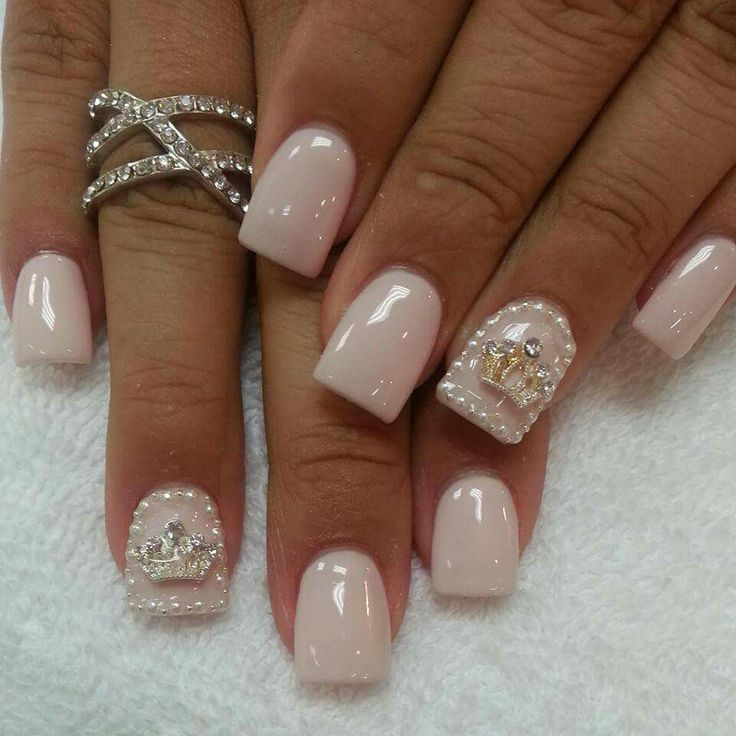 love natural nail. nails