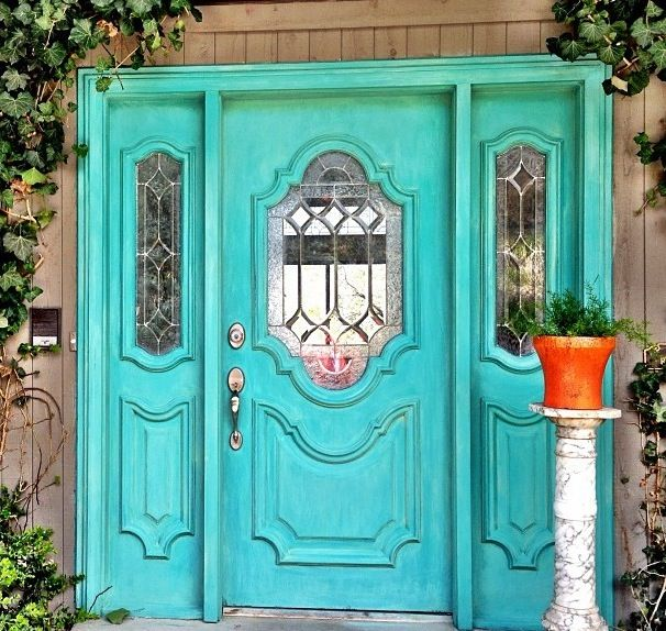 Turquoise door. Lovely!