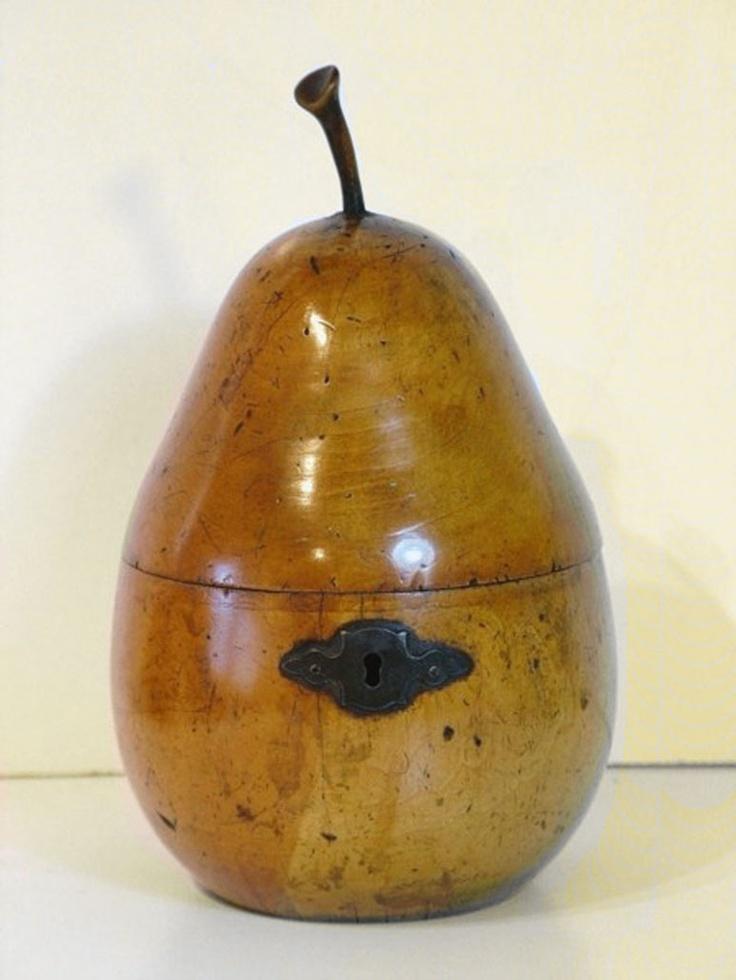 Tea caddy, 18th century, Pear wood.