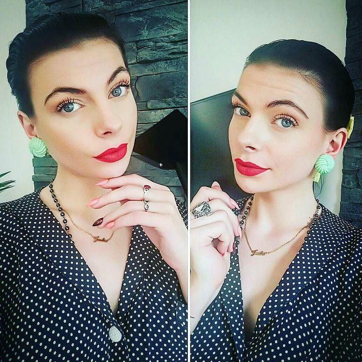 My beautiful French Customer @julievontrash  with the Pistachio Twisted Domes Earrings  Available at  http://ift.tt/1s8Puqy  C'etait mon jour off Aujourd'hui j'en ai profité pour allez me faire faire les ongles à mon endroit habituel @longlerieparisnation  Petite promenade sous se soleil dans Paris pour ensuite rentrer voir son petit chat  Cette robe est juste top pour la période  elle est tellement légère  Évidemment c'est une journée avec @glitterparadise avec les magnifiques Twisted dôme…