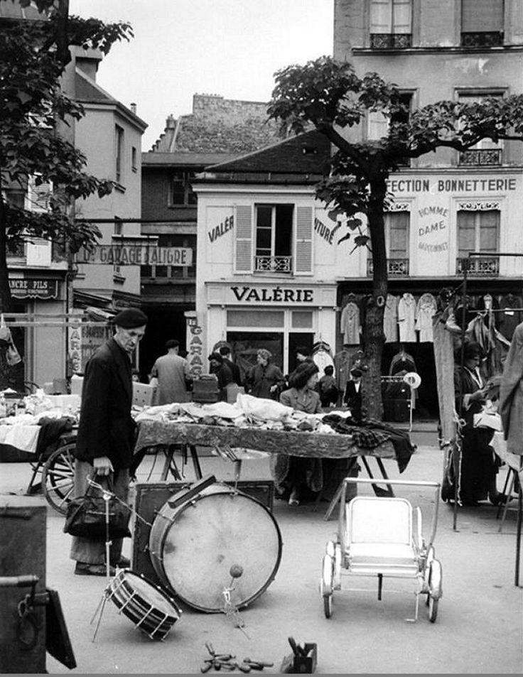 Un coin du marché d'Aligre photographié par Inge Morath en 1957 (Paris 12ème)