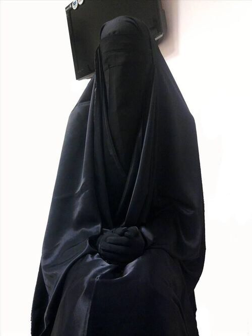 """How can this NOT be oppression of women? PERHAPS IT""""S JUST A BLACK GARBAGE BAG SOMEONE FORGOT TO REMAVE??"""