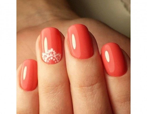 Accent manicure color corallo