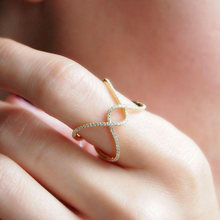 """Offset Wave"" Diamond Ring - Plukka - Shop Fine Jewelry Online"