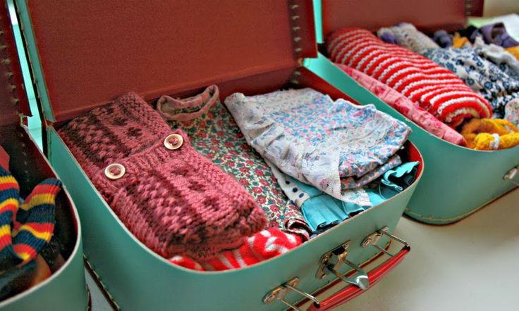 pralerier: Dukkeudstyr #1: Kufferter med tøj