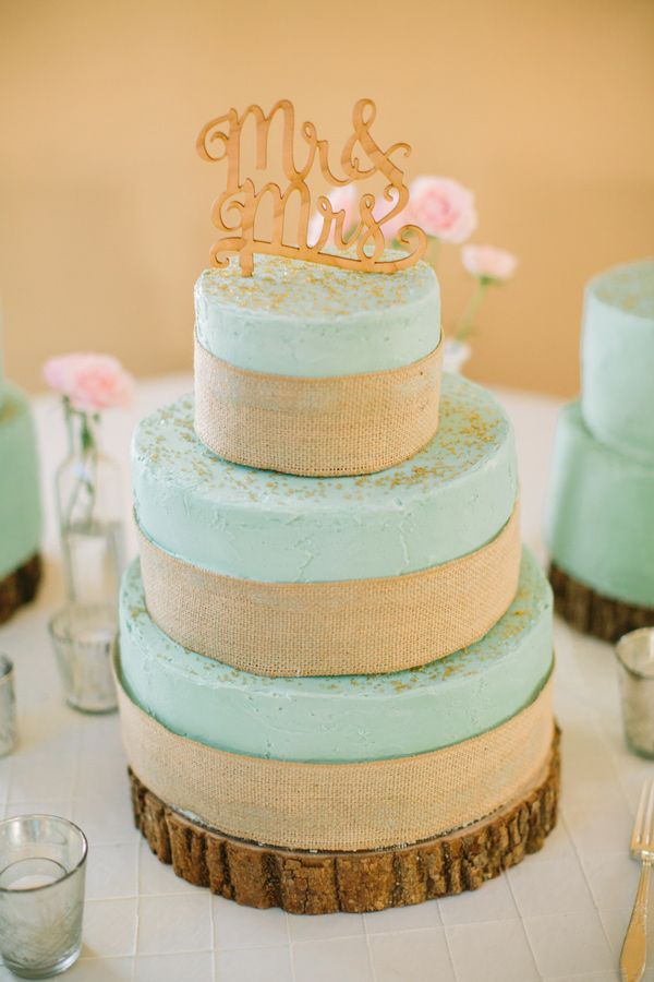 rustic aqua wedding cake, photo by Mustard Seed Photography http://ruffledblog.com/rustic-texas-wedding #weddingcake #cakes