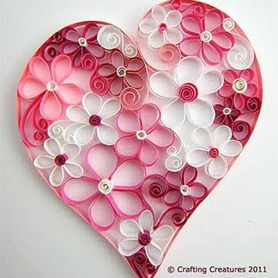 Corazón de tiras de papel