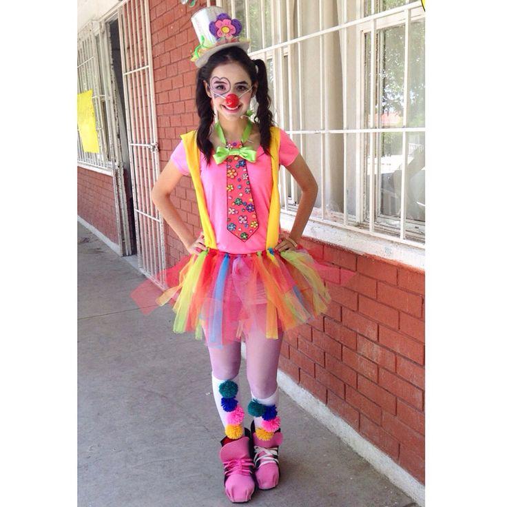 Alicia Cepeda  - Costume / Disfraz / Payasita / Clown / School / Día del niño / Teacher / Children's day