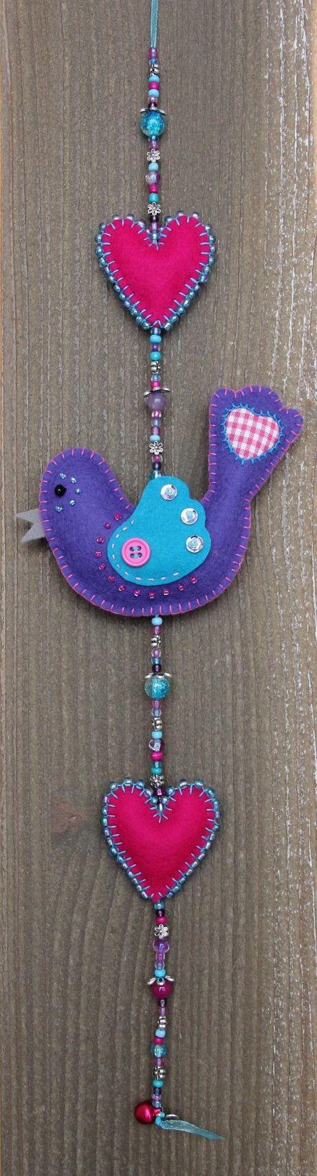 Felt bird decoration  Purple and blue Luckybird door StudioSimone, €20.00