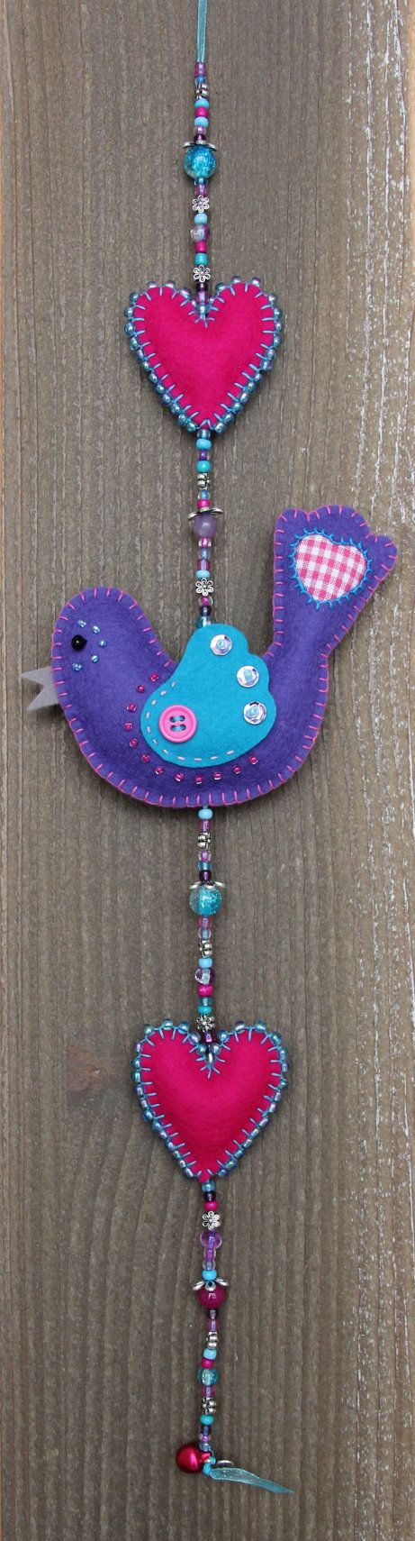 Felt bird decoration  Purple and blue Luckybird door StudioSimone, €20.00