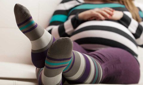 Parenting Healthy: 5 Reasons Why You Should Wear Compression Socks