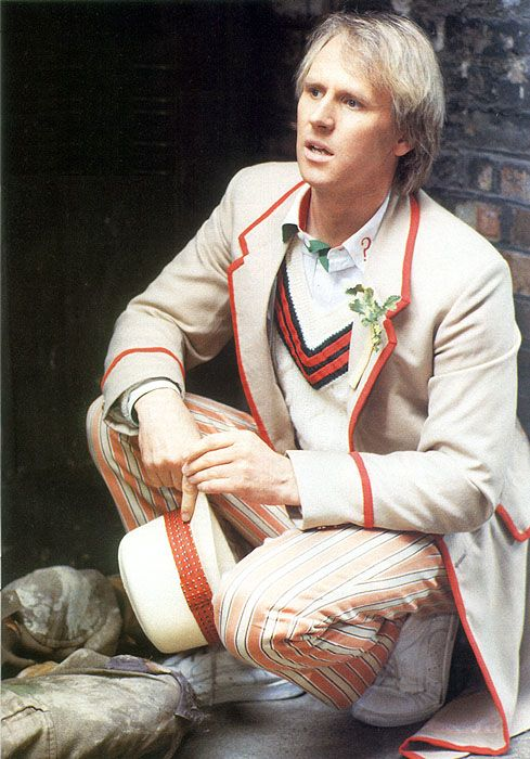 4th Doctor <<---- 5th actually. Peter Davison was fifth and Om Baker (scarf man) was fourth