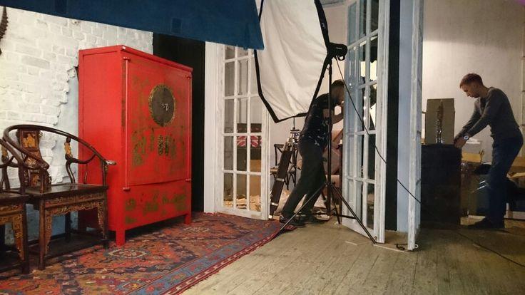 Сегодня был тяжелый день.Мы работали над  фотографиями, отсняли новые модели, а также интересные сеты. Надеюсь, Вам нравится то, что мы делаем и мебель, которую продаем!  #мебельоптом #фотосесия #мебельнаяфотосесия #китайщина #шинуазри