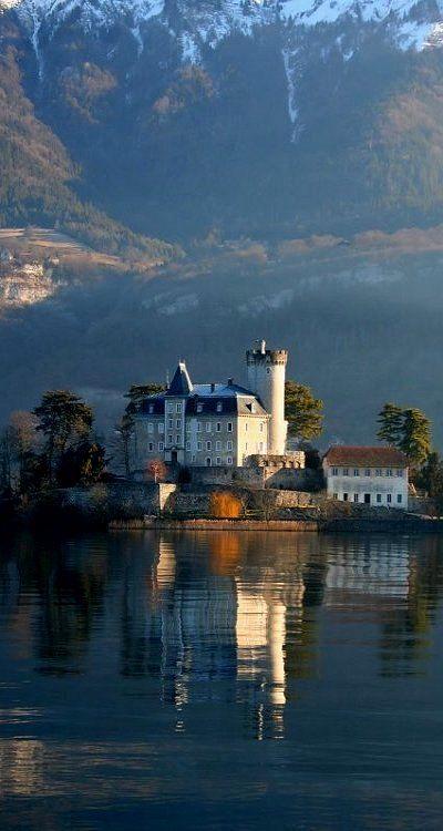 Chateau de Duingt, Lake Annecy, France