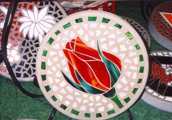 """Rosebud - Handmade Stained Glass and Concrete Stepping Stone - 14"""" Round"""