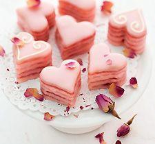 Erdbeer Rosen Petit Fours aus dem Johann Lafer Backbuch