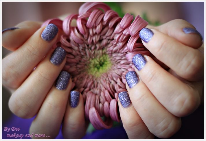 NOTD: Moon Walking ~ By Dee make-up and more