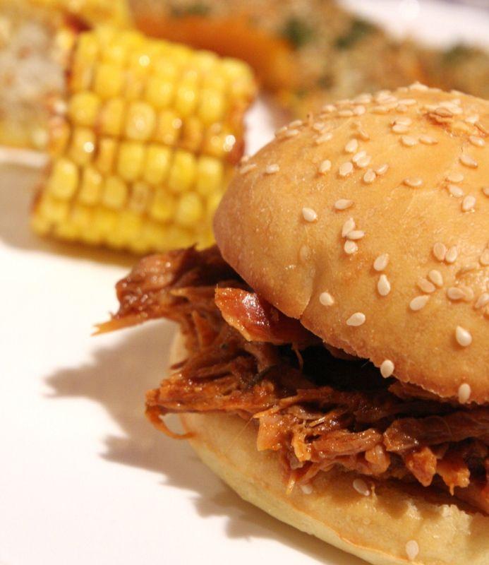 Pulled Pork Sandwiches, maïs et potimarron rôtis au four - Beau à la louche