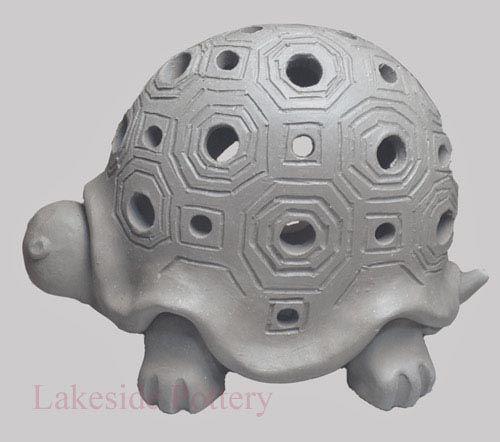 turtle-carved-lantern-2.jpg 500×442 pixels