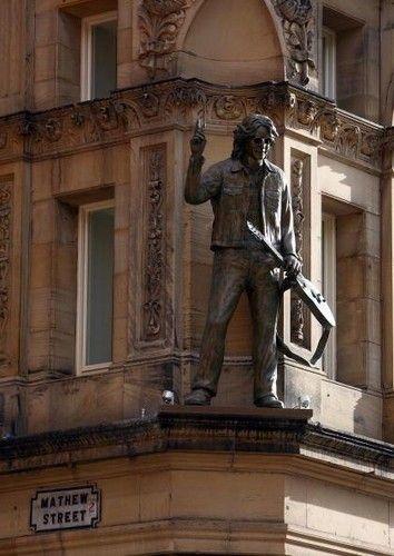 John Lennon statue at the Hard Day's Night hotel, Liverpool