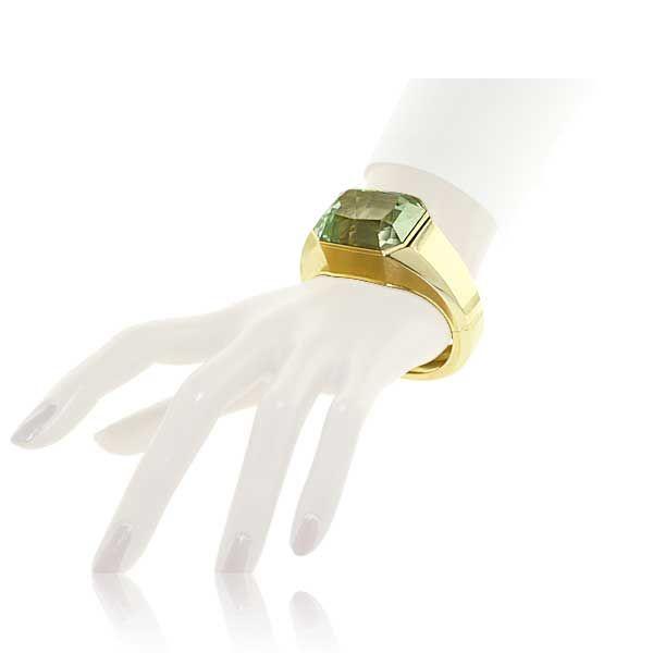 Armreif in 750er Gold mit facettiertem 133,622ct Aquamarin im Smaragdschliff