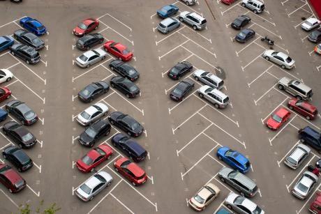Veel parkeerplaatsen. Nergens hoef je te betalen.