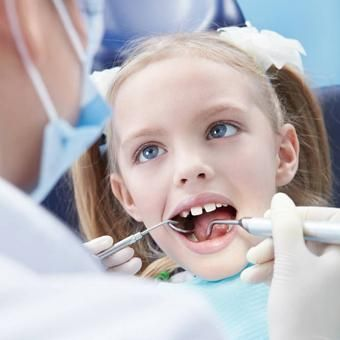 19802-artedent-clinica-dental-solidaria-limpieza-dental.jpg